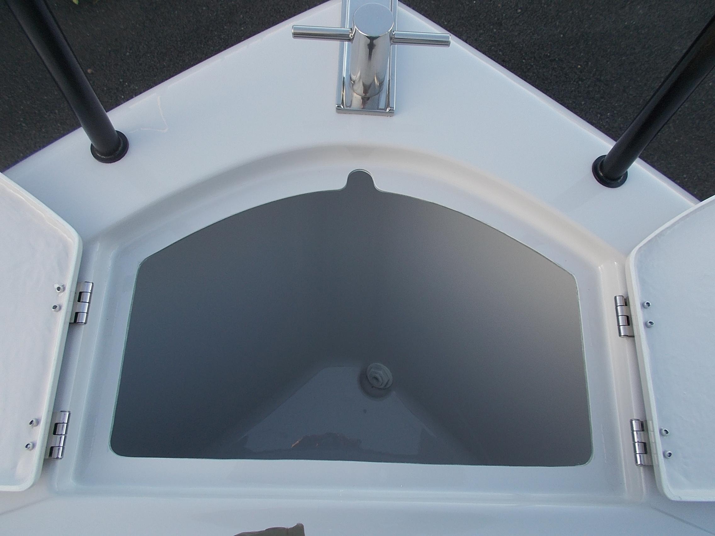Warrior 175 Anchor Locker
