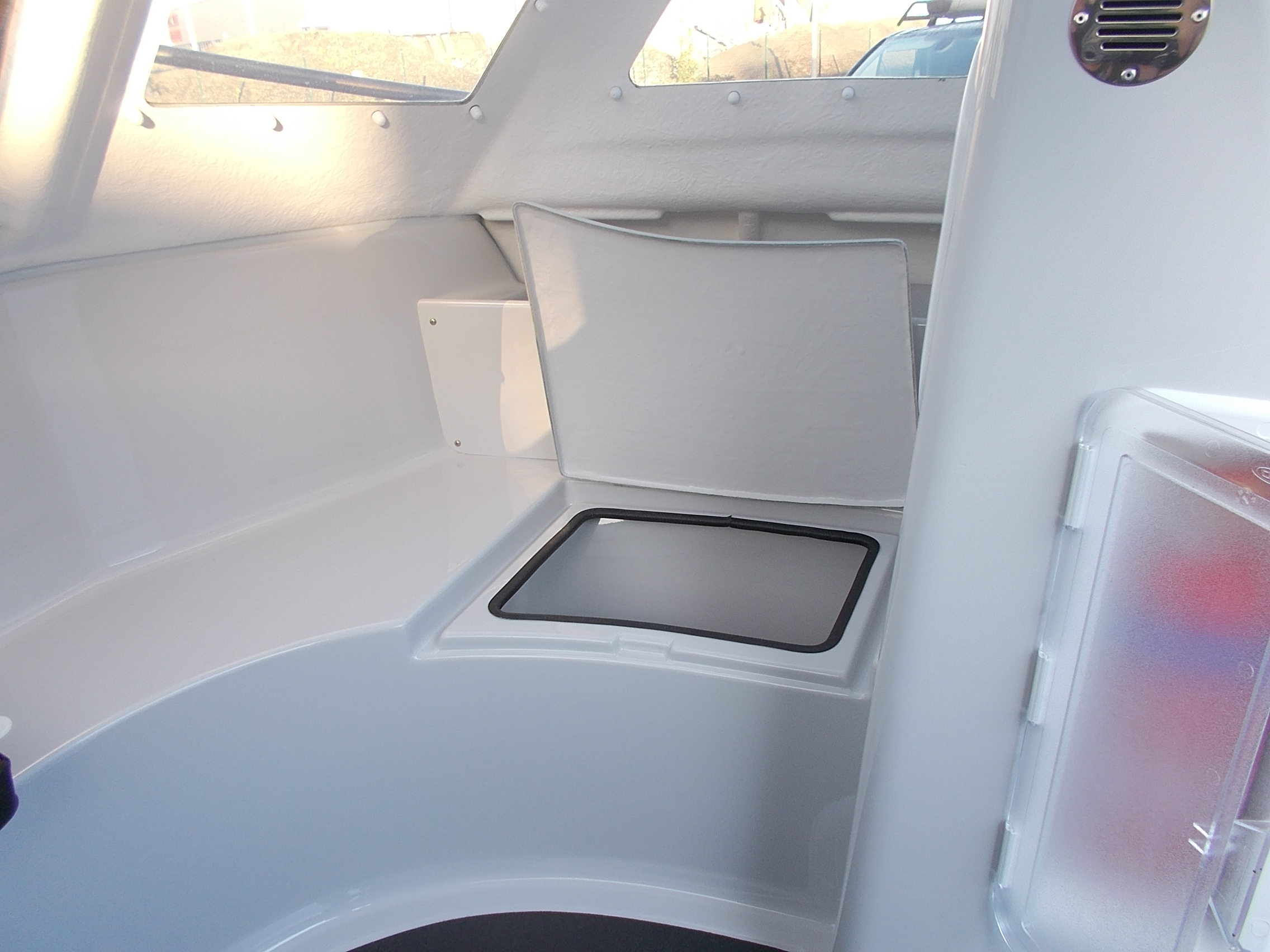 Warrior 175 Bow and Front Seat Storage